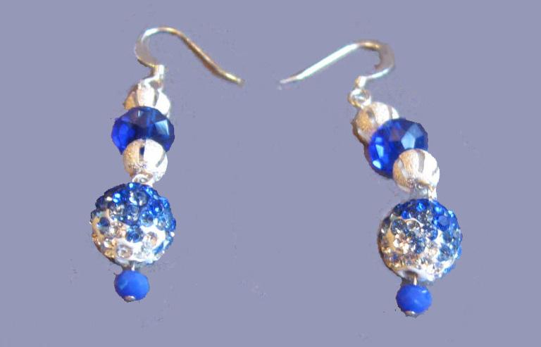 Blue_Velvet_earrings2