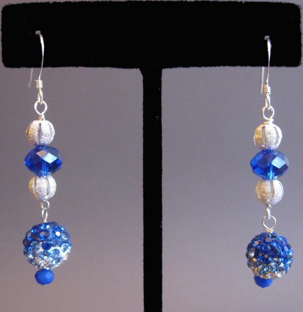 Blue_Velvet_earrings_IMG_0515a